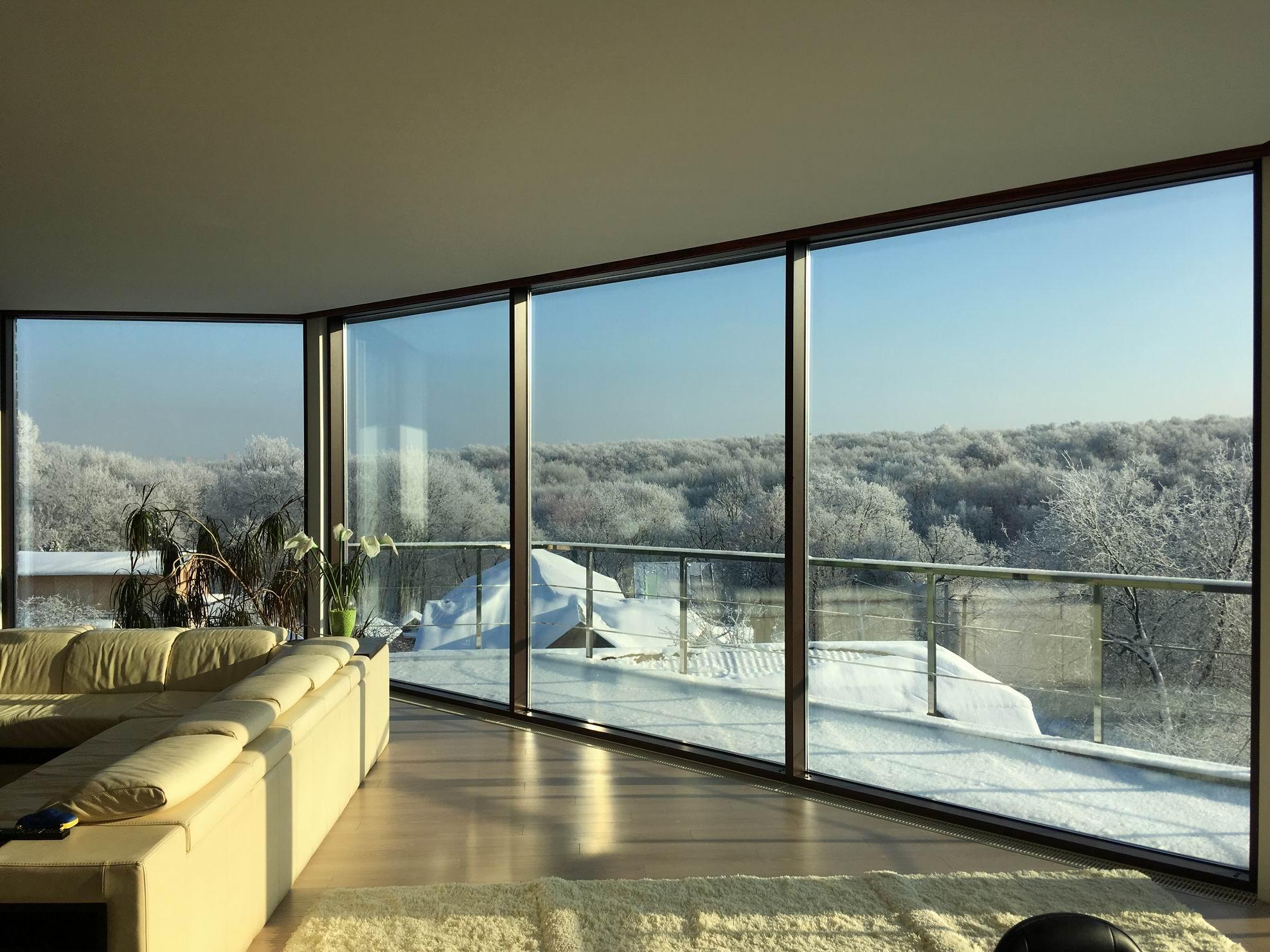 Проект дома с плоской крышей, террасами и панорамными окнами - проект Сиверка; реализация, 2018.02