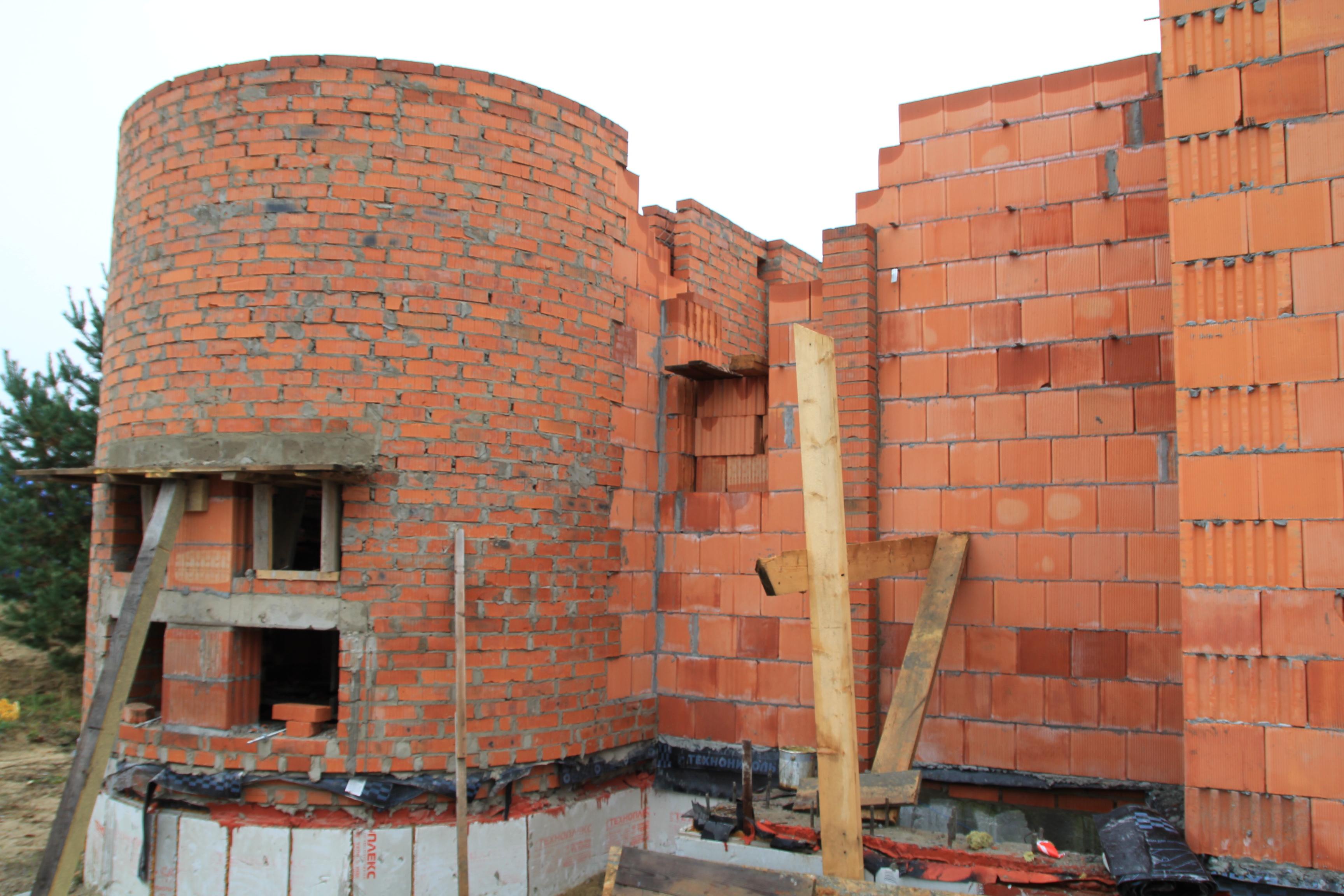 Проект современного дома с плоской кровлей Ниагара в Шатуре - строительство, 2017 - кладка стен первого этажа