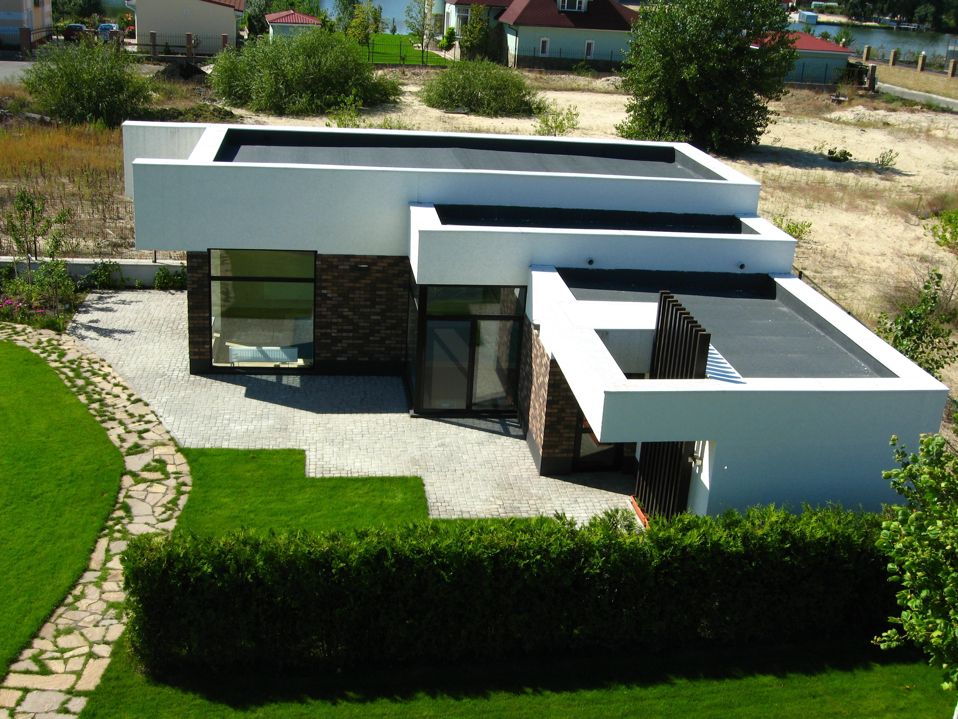 Проекты домов с плоской крышей Проект дома с плоской кровлей, неэксплуатируемая кровля, здание бассейна